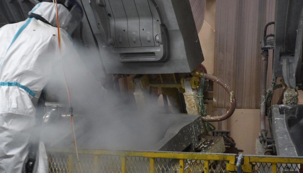 Limpieza a vapor de alta presión